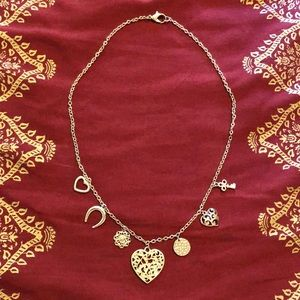 ❤️ PRETTY Gold Heart Charm Necklace; 18 in. long!!
